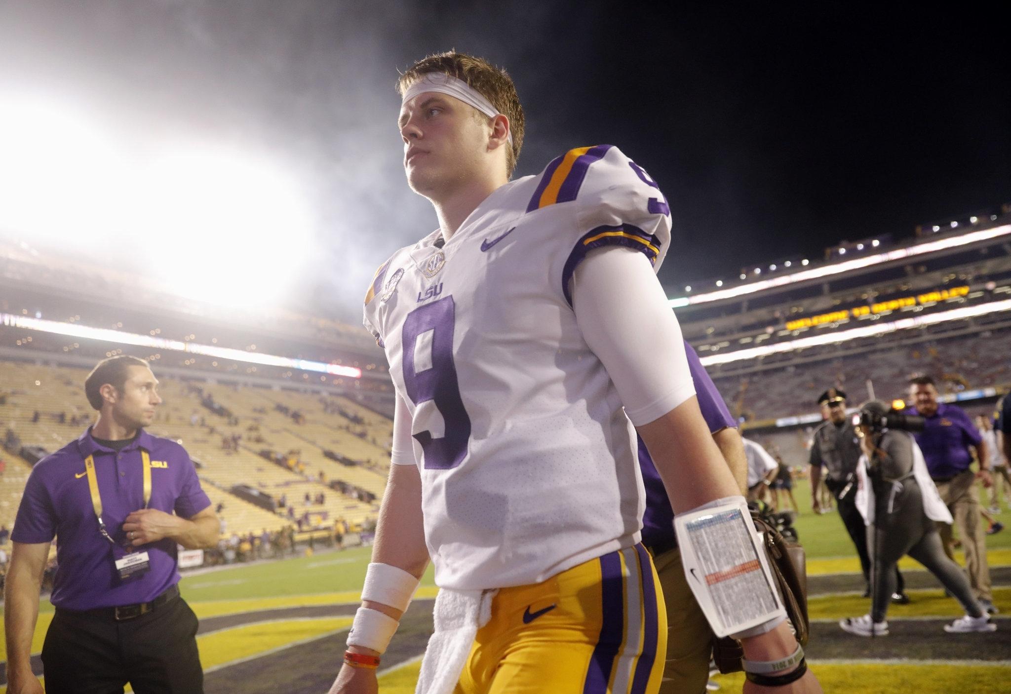 Golden Opportunity Awaits Joe Burrow, Lsu In Showdown At Auburn