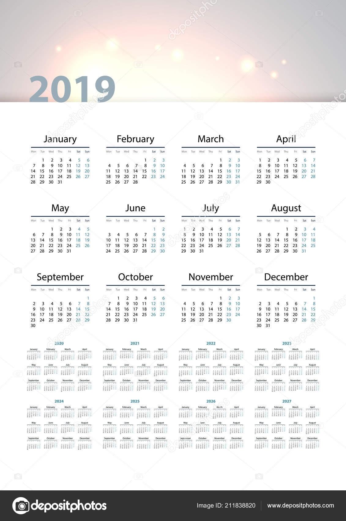 Calendar 2019 2020 2021 2022 2023 2024 2025 2026 2027 — Stock Vector © Tashechka #211838820